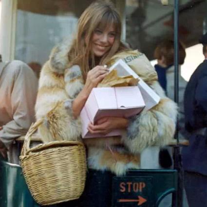 一只草篮子让你比整条街的女孩都时髦!
