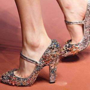米兰时装周让人过目不忘的20双鞋全在这里了!