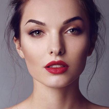 像明星一样减龄-唇色决定第一印象!