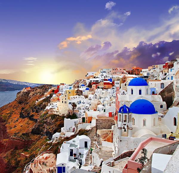 Watch-Sunset-Santorini-Greece