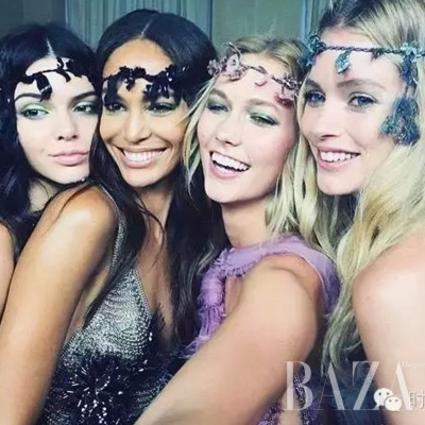 高订来了 | Atelier Versace 2015秋冬,女强人恋爱原来会变成仙女!