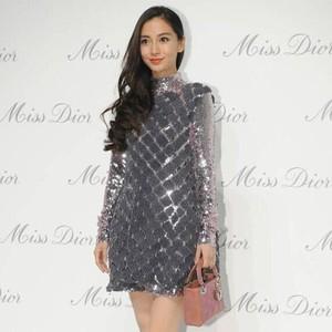 抢先   Angelababy、倪妮、刘亦菲今天都来Dior了!