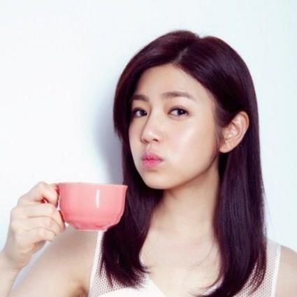 化妆迷 | 陈妍希搭档郑恺!挑战小10岁的嫩肤秘诀是什么?