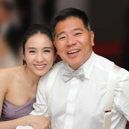44岁黎姿:幸福的女人不仅美,还不会老!