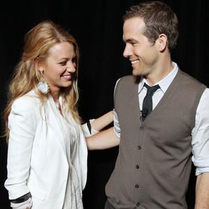 结婚三年只有越爱越甜蜜,Ryan Reynolds 和 Blake Lively 依然是好莱坞最为人称羡的神仙眷侣
