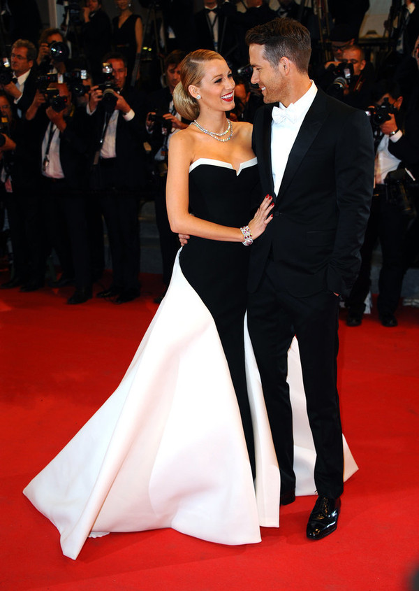 Why Ryan Reynolds and Blake Lively Are the Cutest Couple 21