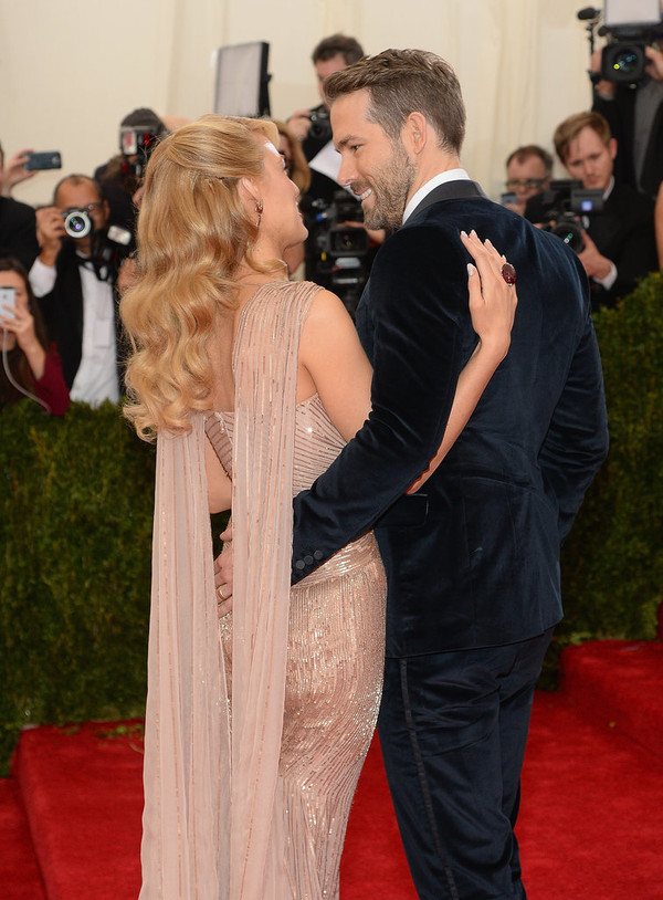 Why Ryan Reynolds and Blake Lively Are the Cutest Couple 4