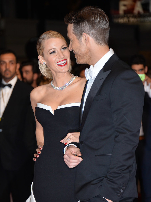 Why Ryan Reynolds and Blake Lively Are the Cutest Couple 7