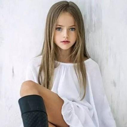 世界第一美少女,才9岁,竟然挣够了你一辈子的钱!