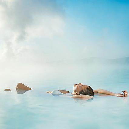 泡不到男神 泡全世界最美的7大温泉还不行吗?