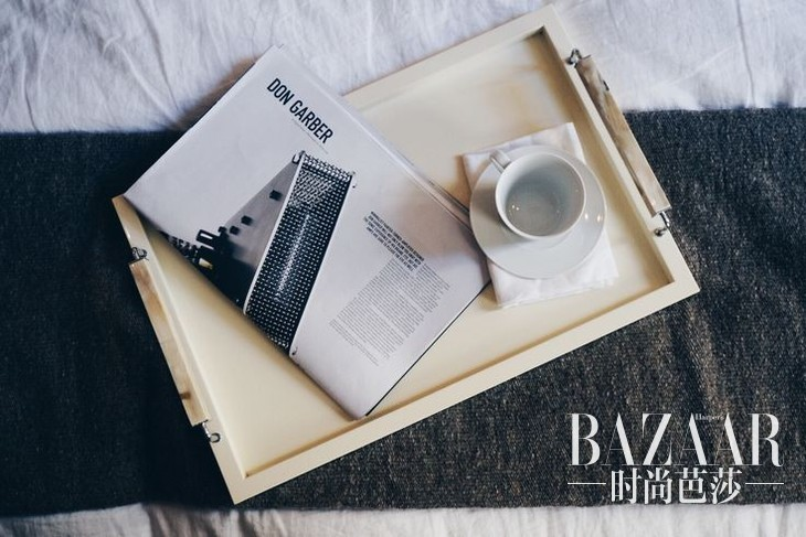 adaymag-the-apartment-02