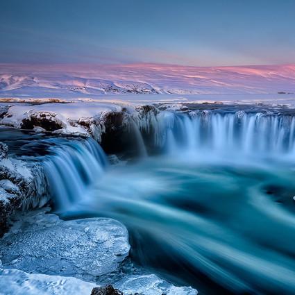 全球最美10座瀑布 每一个都美到无法形容