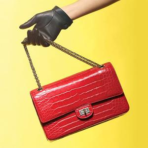 买得贵不如买得值!Chanel包包不再永久保养,快入手这些升值的手袋才不亏