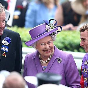 读书之年 英国女王读什么书你造吗