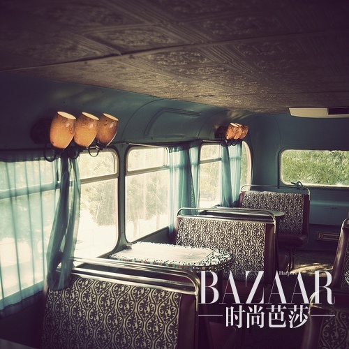 adaymag-get-on-the-bus-let-s-shop-05