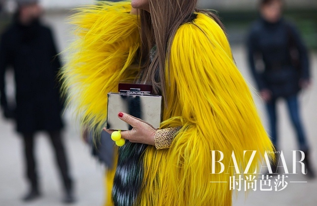 the-rubber-doll-famous-fashion-blogger-inspiration-fur-coats-street-style-img-57