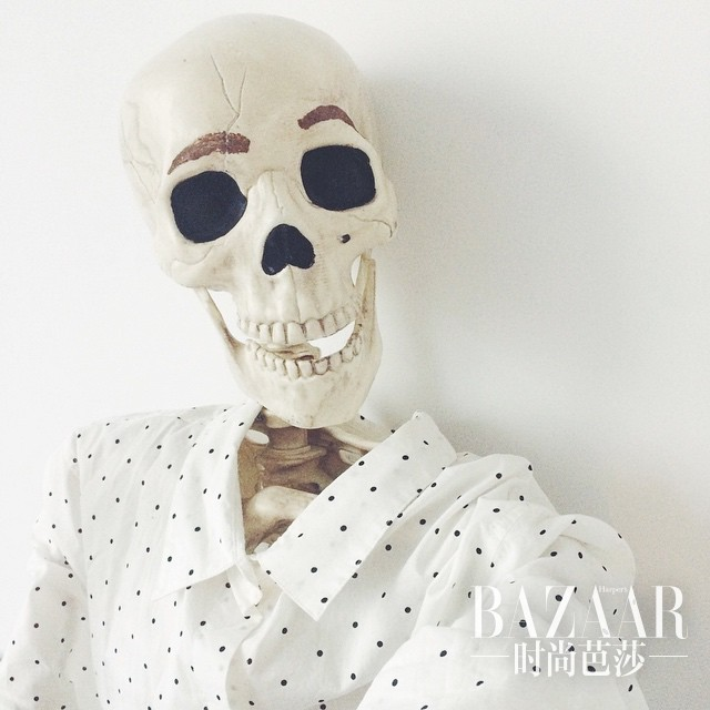 adaymag-you-never-think-this-instagram-account-is-all-about-skeleton-03