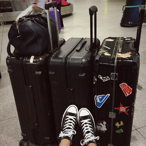 没有一款美艳时髦的旅行箱,怎么能在旅途中结识高富帅!