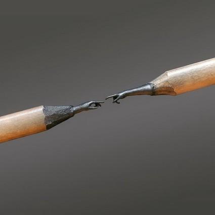 铅笔尖上雕出一个世界!