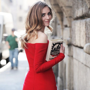 比小黑裙更无敌的小红裙,穿上立马变身Party Queen!