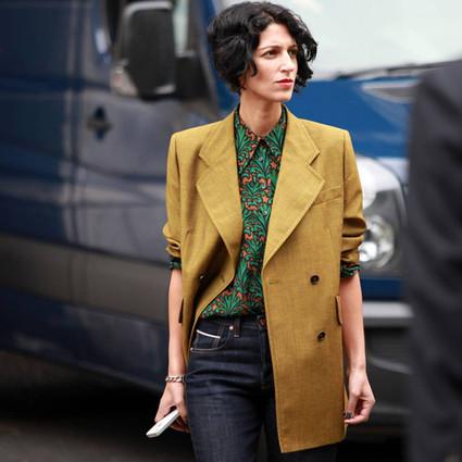 看了街拍才知道,外套里搭配一件有格调的衬衫有多么重要!