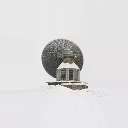 """摄影师眼中被遗忘在大雪里的""""武器"""""""