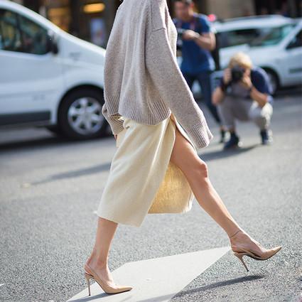 冬天只能选择一条裙子的话,她们都说只要毛呢半裙~