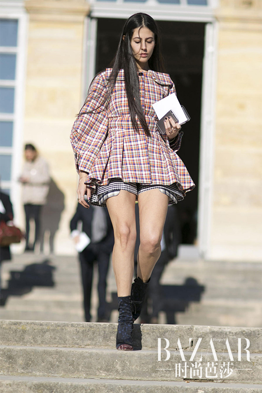 plaid-proves-popular-outside-the-paris-couture-shows-04