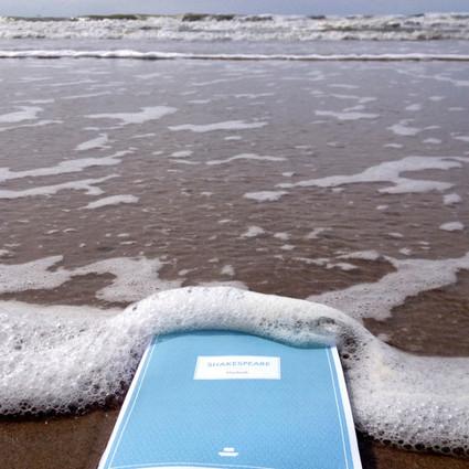 有了这样的防水书,你会爱上阅读吗?