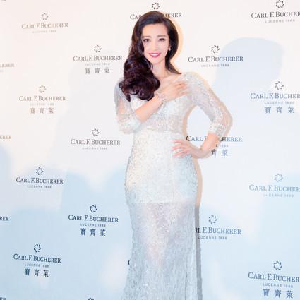 本周谁会穿|李冰冰长裙美出新高度,高圆圆竟然在时装周装嫩!