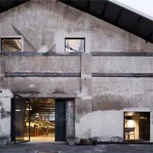 生产设计的果酱工厂