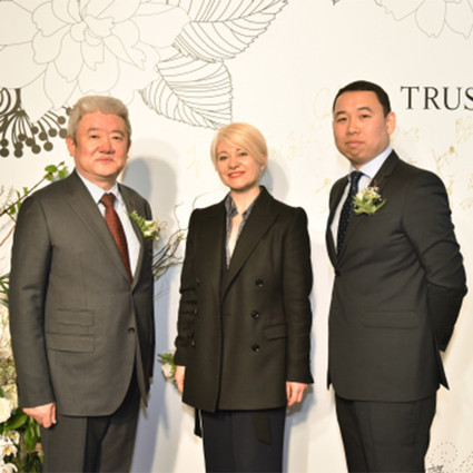中国服装集团公司+京东+TRUSSARDI 开创时尚奢侈品电商新方程式