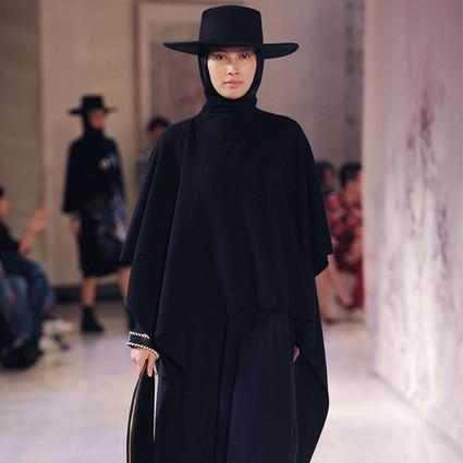 KAVON 跨界发布秀  风格化时装引领艺术走入普罗大众