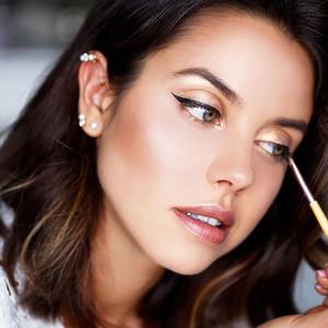 买完这些化妆品光顾美了,你都不知道自己赶上了最新美妆趋势!