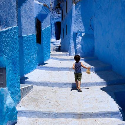 最接近天堂的小城,充斥着纯净的蓝色