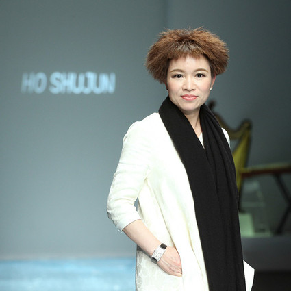 高端设计师品牌HO SHUJUN(何淑君)惊艳深圳时装周