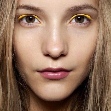 亚洲人只适合大地色眼影?!可那些颜色鲜艳又可爱的眼影好想要啊!