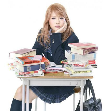 不和日本高中辣妹比化妆,卸妆快准狠!素颜一样养眼!