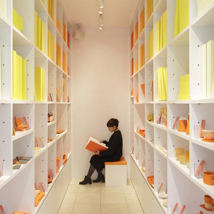 "CORAZYs品牌店:贩售""小确幸""的色彩图书馆"