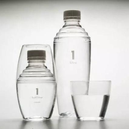小瓶子们装的不是水,是逼格。