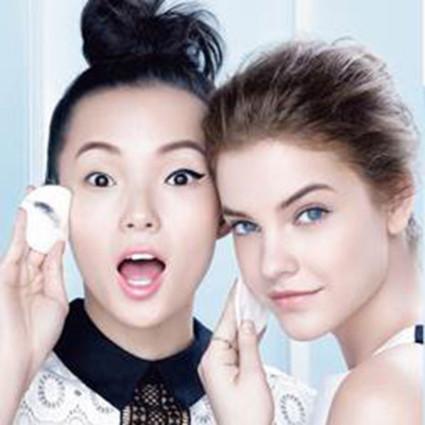 卸妆,可以这么简单 ――巴黎欧莱雅三合一卸妆洁颜水上市