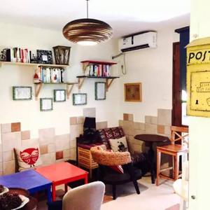 她踩点了一年,整理出了这份深圳最文艺的咖啡馆清单