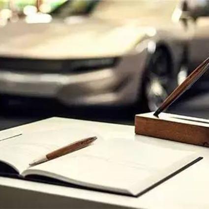 借问生活的诗意何处在,全在桌上那堆相见恨晚的文具里