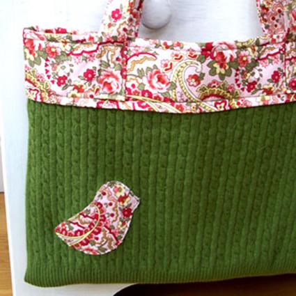 旧毛衣改造成小鸟手提包