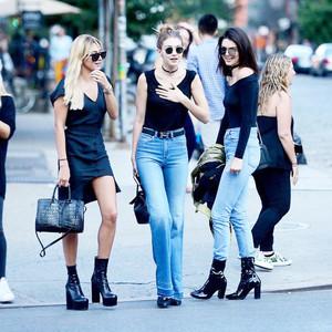 实穿秘笈――Kendall和她的一百条蓝色牛仔裤!