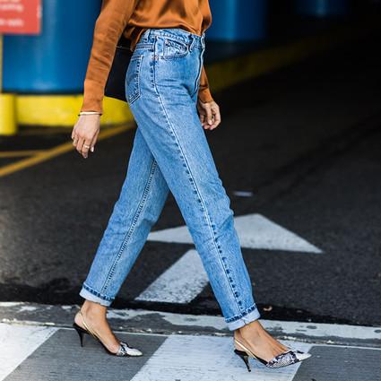妈妈的牛仔裤和你的高跟鞋,才是夏天粗短腿的正解!