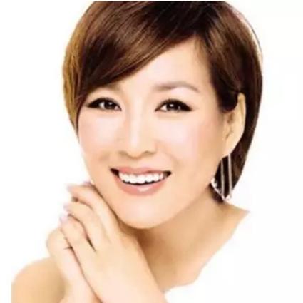 """李静""""瞎折腾""""成娱乐圈里最会做生意的女明星!"""