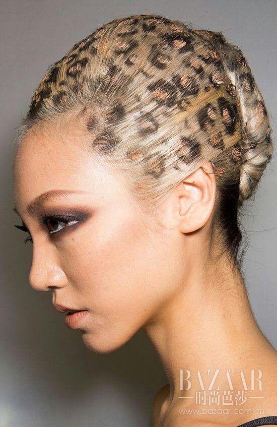 头发花纹雕刻简单男