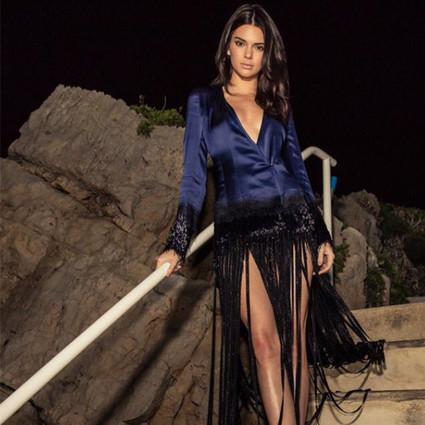 Kendall用一条渐变礼服美哭众人,这个夏天带你玩转渐变色~