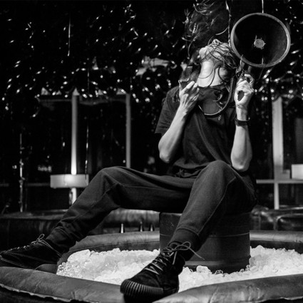 酷!Alexander Wang成为首位苹果音乐时尚频道设计师嘉宾